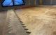 Montaż podłogi drewnianej w sypialni
